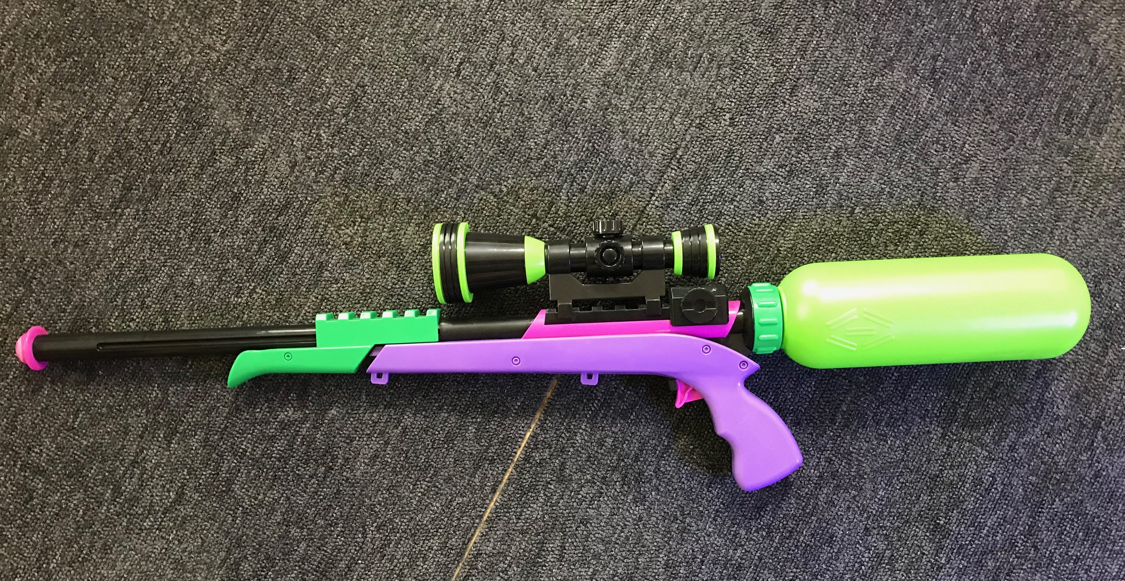 スプラトゥーン2の水鉄砲レビュー!リアルなスプラスコープで子供と遊ぼう!